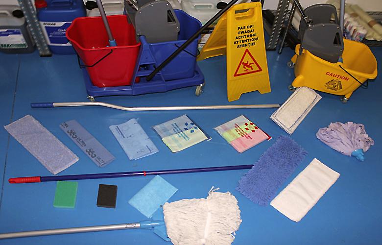 prodotti pulizia mocho secchio